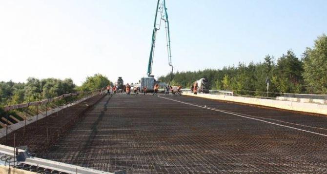 Начат ремонт моста у города Счастье