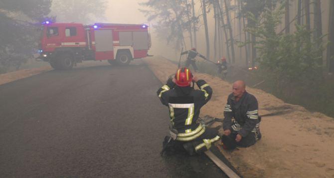 Полиция опровергает информацию ГСЧС о погибшем при пожаре в Луганской области