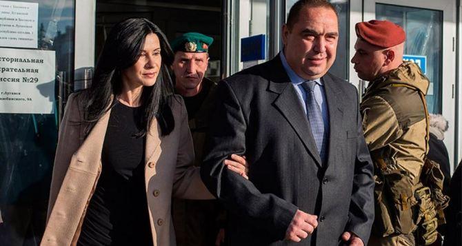 В Воронеже скоропостижно скончалась супруга Игоря Плотницкого— Лариса