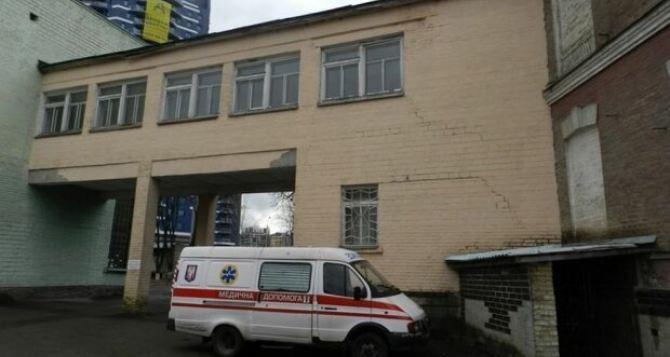 Девушка из Луганска устроила резню в самом центре Киева,— СМИ
