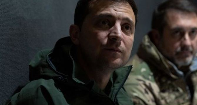 Зеленский и Ермак заразились коронавирусом во время визита в Луганскую область?