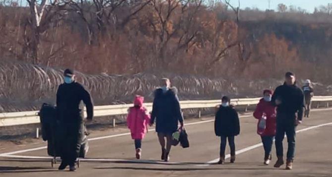 Что делать, если прошел украинский КПВВ, а дальше не пускают.