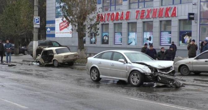 Авария на Советской с тремя пострадавшими. Появились новые ФОТО