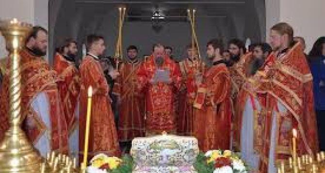 Верующие Луганска с 3декабря смогут поклониться мощам великомучениц Варвары и Екатерины