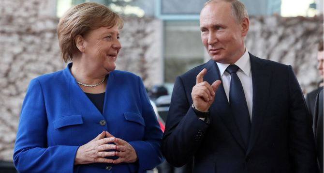 Путин и Меркель обсудили нынешнюю ситуацию на Донбассе