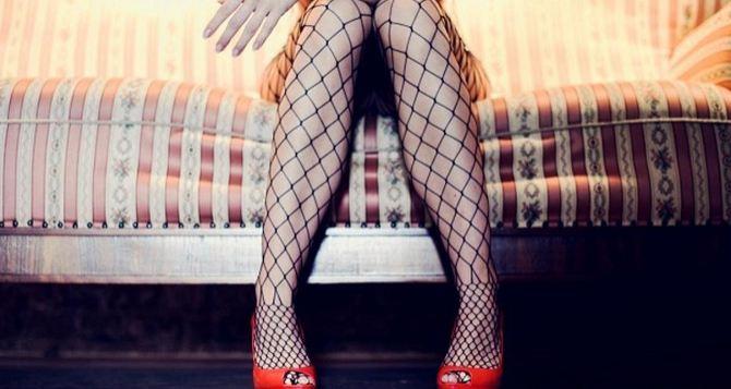 Луганчанин снабжал девушками известного в Европе порнорежиссера,— прокуратура