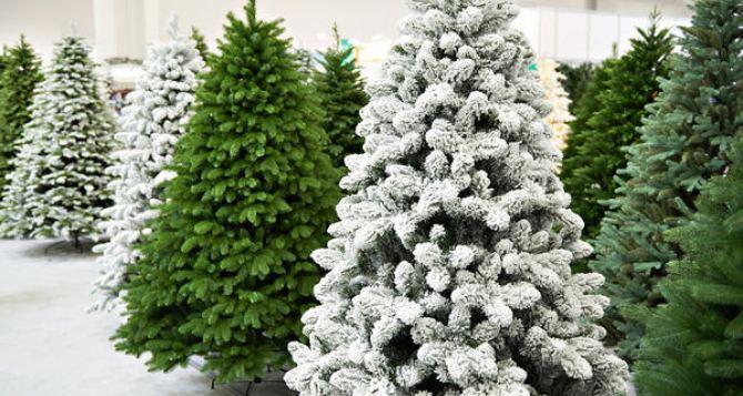 Что нужно учесть перед покупкой искусственной елки? Обзор 3 популярных моделей