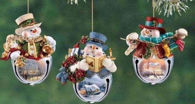 Детский конкурс ёлочных игрушек стартовал в Луганске и регионе