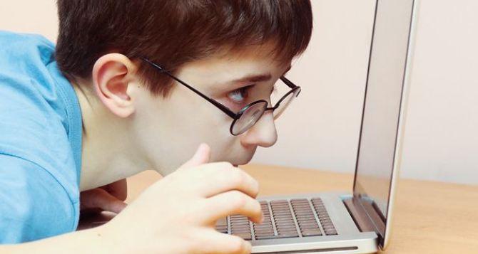 Луганские медики рассказали о профилактике глазных болезней у детей