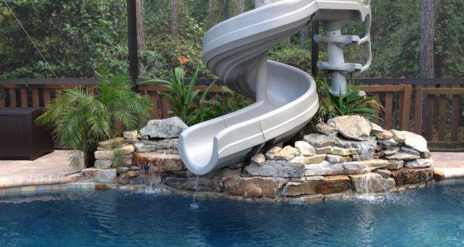 Горки для бассейна: на что обратить внимание при выборе?