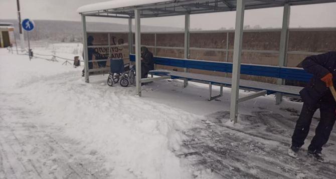 Вчера через КПВВ у Станицы Луганской смогли пройти почти 700 человек