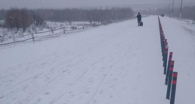 Вчера через КПВВ в Станице Луганской смогли пройти чуть более полутысячи человек
