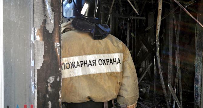 Под Донецком в храме во время пожара сгорел человек