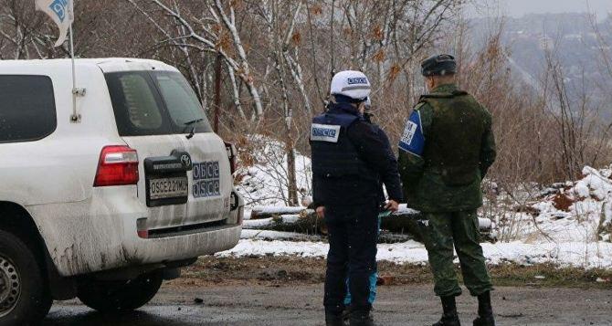 В районе КПВВ у Счастья наблюдатели ОБСЕ зафиксировали взрыв