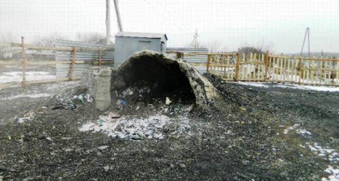 В копанке под Макеевкой 40 спасателей доставали тела двух человек