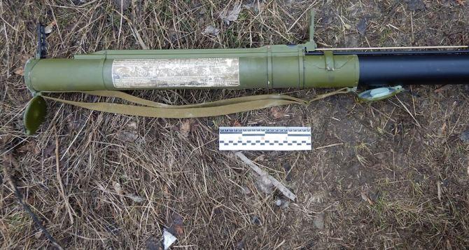 Чтобы не отдавать долг в миллион рублей, луганчанин выстрелил из гранатомета по дому своего кредитора. ФОТО. ВИДЕО