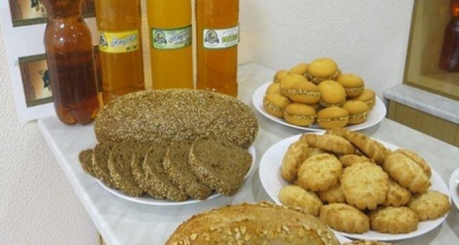 Луганская дегустационная комиссия рекомендовала 11 новых сортов пива, снеки-чипсы и мясные полуфабрикаты. ФОТО