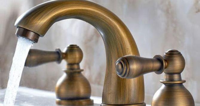 Латунные смесители— преимущества и особенности выбора в ванную