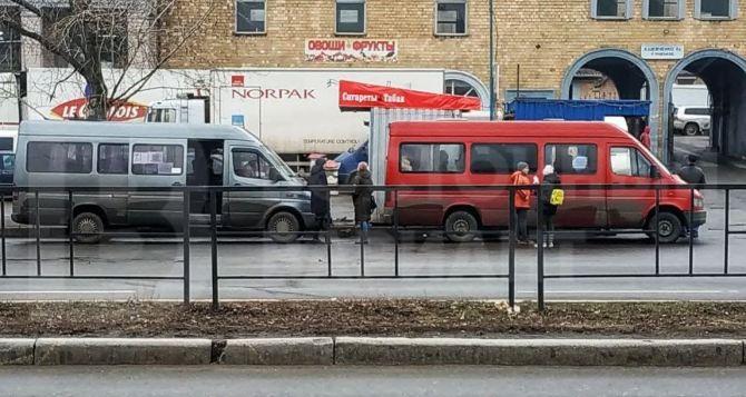 Путешествие из Харькова в Донецк черезРФ: с собой надо иметь 100 долларов и выдержку