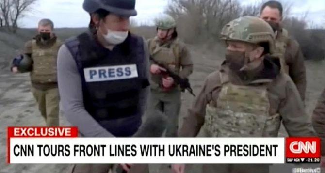 Зеленский обратился к Байдену за помощью в сдерживании России