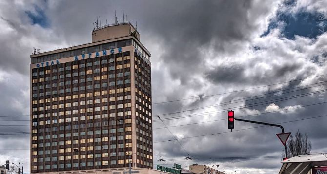 Завтра в Луганске тепло, небольшой дождь, облачно с прояснениями