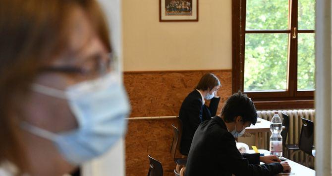 На Украине разъяснили, что изменилось для выпускников после отмены ГИА