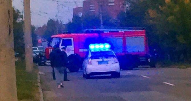 Вчера вечером в Луганске прогремел взрыв в жилом доме.