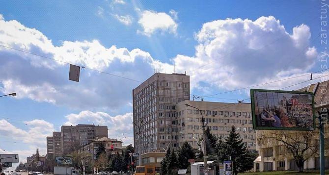 Сегодня в Луганске возможна гроза с дождем и градом, шквалистое усиление ветра.