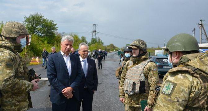 Бойко: Зрелища вместо конкретных действий— визитная карточка сегодняшней украинской власти. КПВВ надо открыть