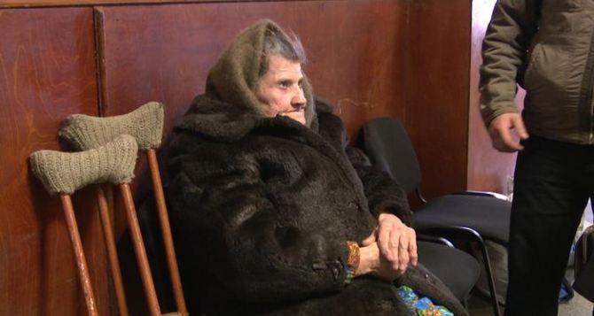 Как выплатить пенсии тем, кто не может за ними приехать на Украину. Варианты есть, Киев их не хочет обсуждать