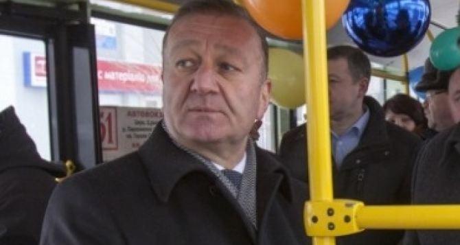 Луганчане предлагают Манолису Пилавову проехаться на маршрутке по улице Артема