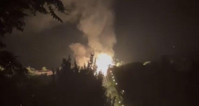 В центре Луганска прогремел мощный взрыв. Что известно