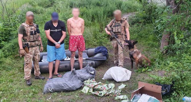 Возле КПВВ у Станицы Луганской «накрыли» незаконную лодочную переправу в Луганск