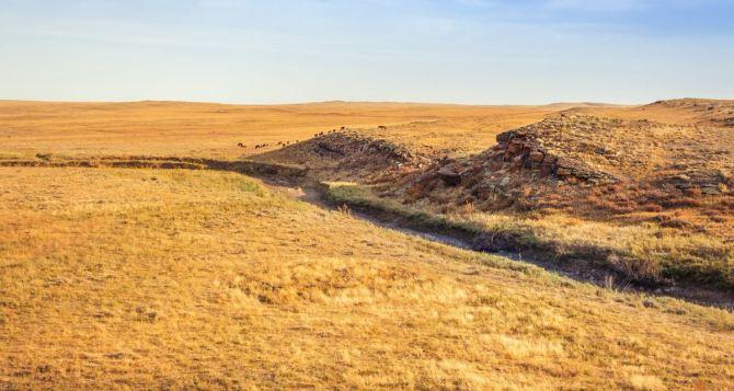 Антициклон из казахских степей ещё несколько дней проведёт в луганских: Жарко. Очень жарко
