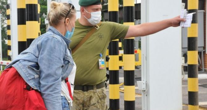 Въезжающих из России будут отправлять на обязательную 14-дневную изоляцию, без права досрочного прекращения
