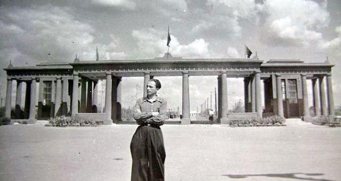 Луганскому парку имени Горького уже 85 лет. Этому посвятили выставку