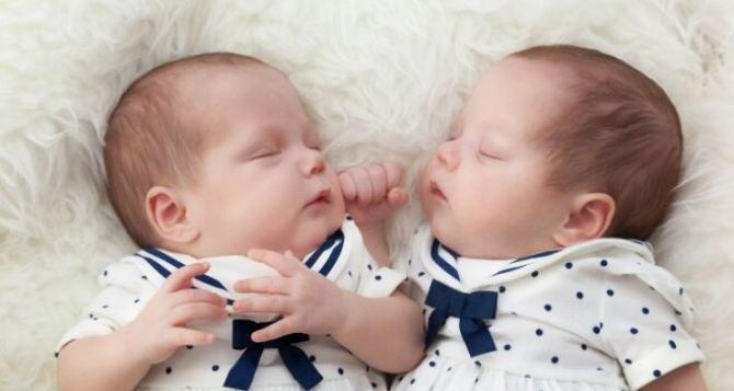 За неделю в Луганске родились 52 малыша