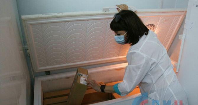В Луганске начали вакцинировать Спутником Лайт людей старше 60 лет. Какие последствия укола