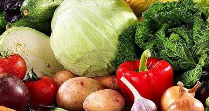 В Луганске на рынках проверят цены оптовиков на картофель и другие овощи.