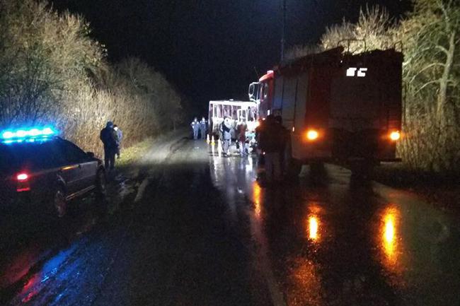 В Луганской области произошло серьезное ДТП с участием пассажирского автобуса