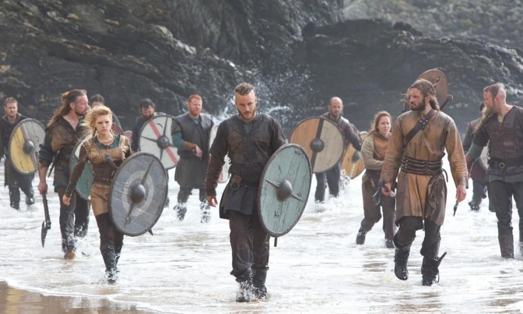 В фильме викинги показаны, как единая нация, которая живёт обособленно и время от времени совершает военные походы на другие территории