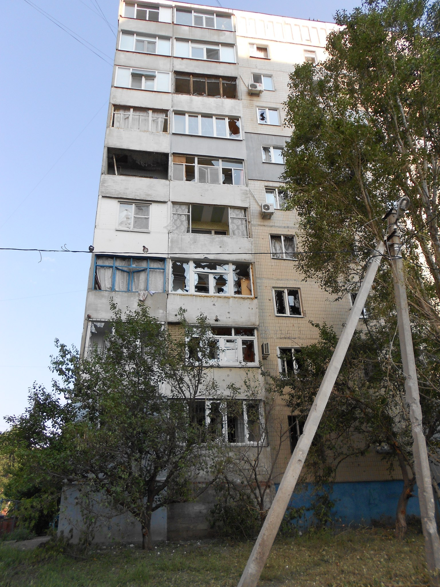 Луганск квартал заречный 13 фото 3