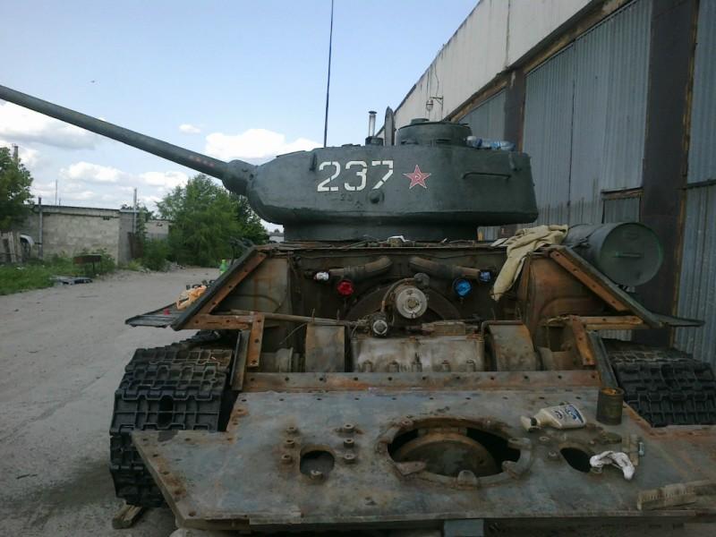 Модели танков Т-34 и Т-34-85 1/16 от Trumpeter