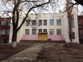 Закрытая школа по-лугански, Или чудесное превращение (фото)