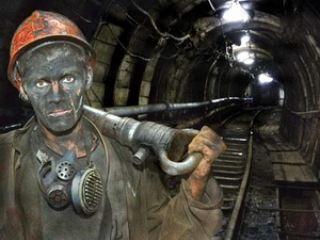 На шахте в Луганской области произошло задымление. Горняков эвакуируют