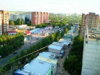 В квартале Ленинского комсомола прошел праздник микрорайона