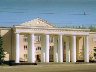Сезон больших дат: стало известно, чем будет удивлять Луганский украинский театр