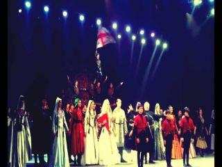 Грузины из ансамбля «ERISIONI» танцевали в Луганске вопреки всем законам гравитации (видео)