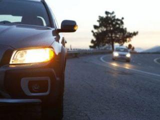 ГАИ напоминает: с 1 октября водители должны включать фары, выезжая за город