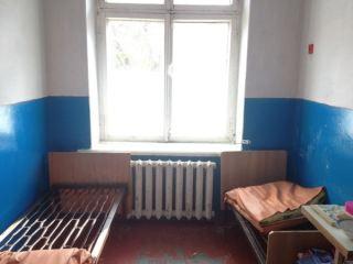 СИЗО или детская больница? Или где лечат детей в Алчевске (фото)